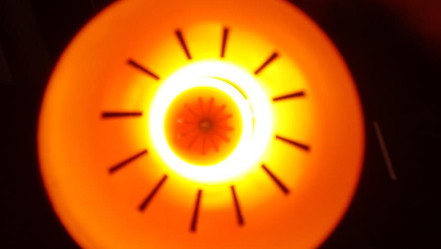 Bidra.no - Lampemannen bar