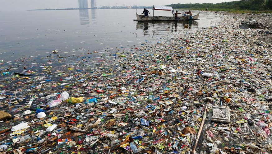 Hjelp oss med å bekjempe plastoverfloden!