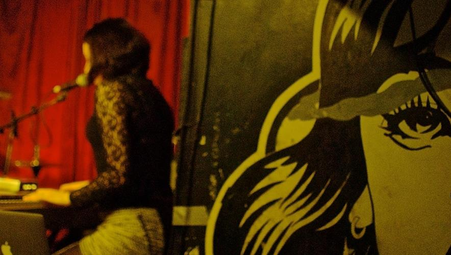 Bidra.no - EKSKLUSIV intim konsert Oslo November