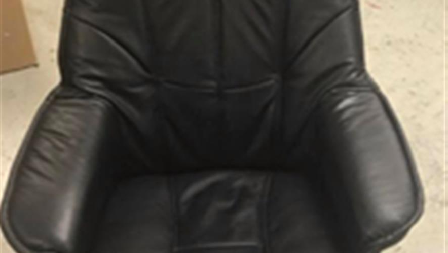 Bidra.no - 1/12 del av en stol!