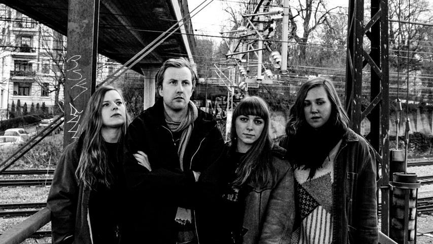 Folkehelsas debutalbum